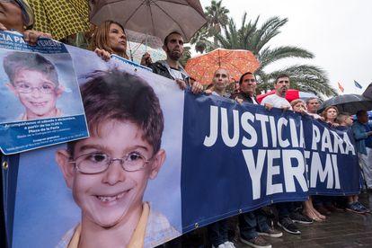 Concentración para protestar por el archivo del caso Yéremi Vargas, el 2 de diciembre de 2017 en Las Palmas.