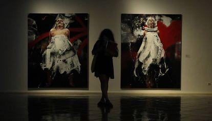 Dos de las obras de Lita Cabellut que pueden verse en la Fundación Vila Casas de Barcelona.