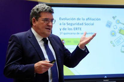 El ministro de Inclusión, Seguridad Social y Migración, José Luis Escrivá, este jueves durante la presentación de los datos de afiliación del mes de septiembre.