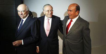 De izquierda a derecha, Francisco González, Isidro Fainé y Emilio Botín, en la reunión del Consejo Empresarial, en febrero de 2011.