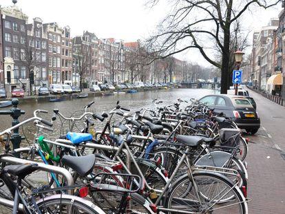 Cultura de la bicicleta en las calles de Ámsterdam