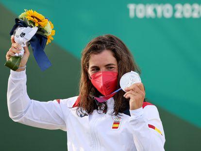 Maialen Chourraut, con la medalla de plata en la prueba de aguas bravas.
