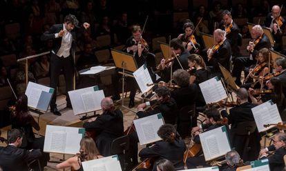 David Afkham, en un concierto el año pasado al frente de la Orquesta Nacional de España.