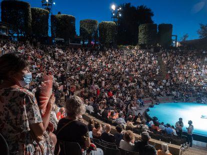 Vista general del teatro griego que da nombre al festival de verano de Barcelona, en Montjuïc, este domingo, durante la inauguración.
