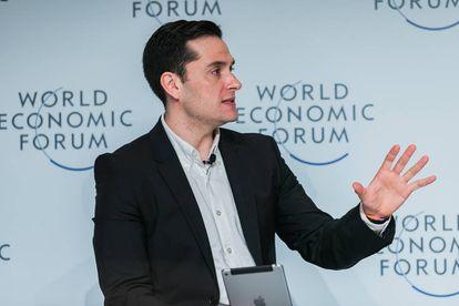 David Alandete, en una mesa moderada por El País en el Foro Económico en Brasil.