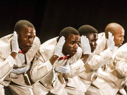 Una competición de canto a capella llamada Isicathamiya, una tradición de migrantes zulús, en el Natal Playhouse Theatre en Durban (Sudáfrica) el pasado septiembre, en la que participaron 150 grupos, muchos de ellos de jóvenes.