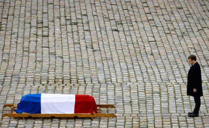 El presidente Macron preside el homenaje a Daniel Cordier en París, penúltimo resistente, fallecido en París el pasado 20 de noviembre.
