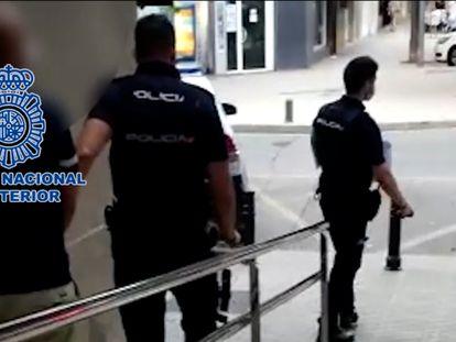 Detenido en Gandia un presunto terrorista buscado en Holanda por amenazas a los gestores de la covid-19