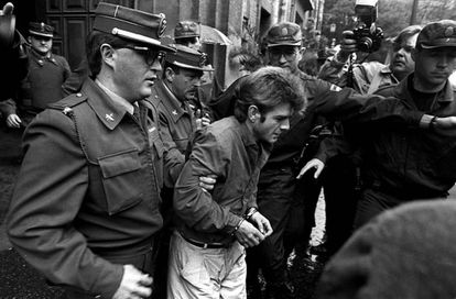 Miguel Ricart, único condenado por el crimen, cuando acudió a declarar ante el juez en febrero de 1995.