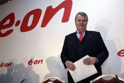Wulf Bernotat posa antes de la rueda de prensa que concedió en Madrid el pasado 21 de febrero.