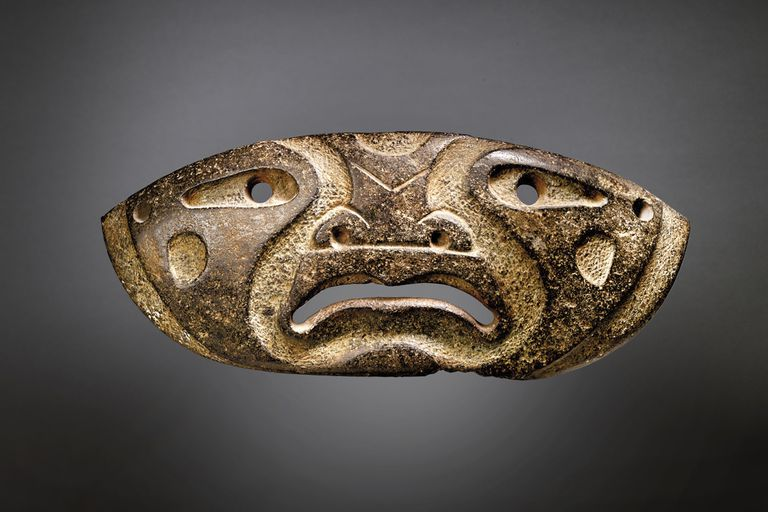 Xochipala mask, one of the pre-Hispanic pieces that Christie's will auction on February 9.