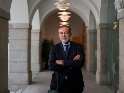 Enrique Lopez, consejero de Justicia, Interior y Victimas de la Comunidad de Madrid, tras la entrevista.