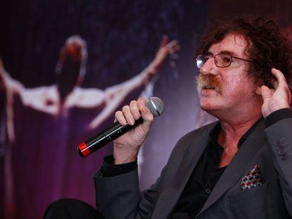 El músico argentino Charly García durante una conferencia de prensa en 2010.