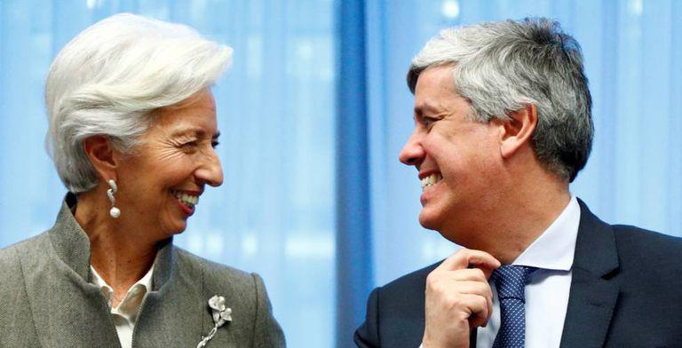 La presidenta del BCE Christine Lagarde junto a Mario Centeno en una cumbre del Eurogrupo en Bruselas el pasado febrero.