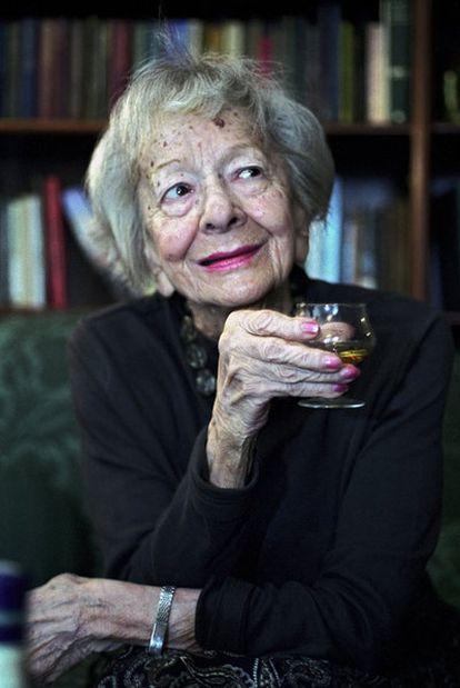 Wislawa Szymborska, en su casa en Cracovia en 2009.