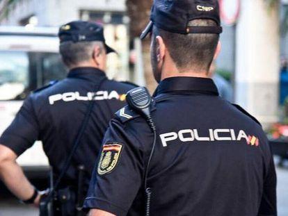 Agentes de la policía, en una reciente operación.