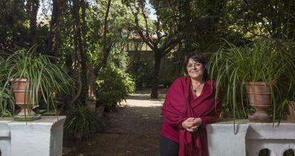 Giovanna Valls, hermana del primer ministro francés Manuel Valls, fotografiada en la casa familiar del barcelonés barrio de Horta.
