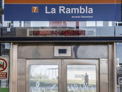 Estación de la Rambla ( linea 7), una de las clausuradas para reparar deficiencias de construcción.