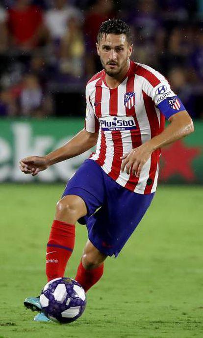 Koke conduce el balón durante el amistoso entre el Atlético y el combinado de estrellas de la MLS.