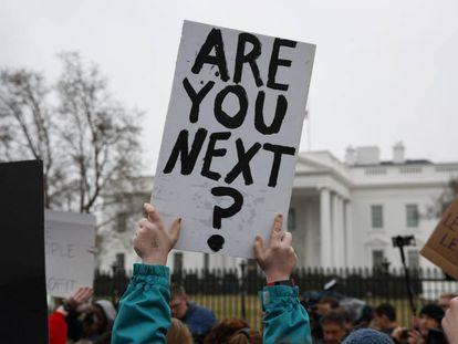 Manifestación a favor del control de armas frente a la Casa Blanca, el lunes.