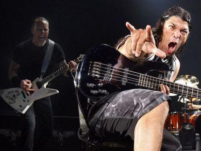 Dos integrantes de Metallica, en un concierto de 2009 en Madrid.