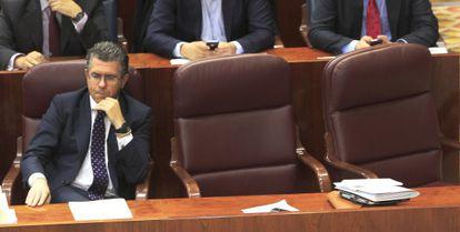 Granados, aún consejero, en la Asamblea de Madrid el pasado marzo.