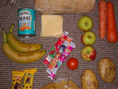 El paquete con comida para cinco días subida desde la cuenta @RoadsideMum, en el Reino Unido