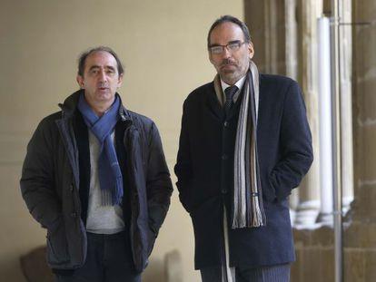 Innerarity (a la izquierda) y Fernando Iglesias, en la presentación del manifiesto.