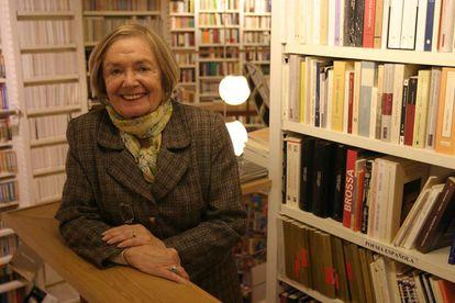 María Teresa Castells, en la librería Lagun en una imagen de 2006.