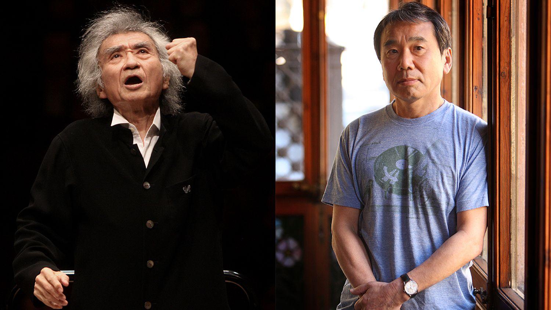 Seiji Ozawa dirigiendo la Saito Kinen Orchestra, en 2010. A la derecha, Haruki Murakami, en Barcelona.