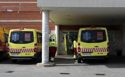Ambulancias del Summa en el hospital Doce de Octubre.
