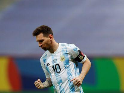 Messi celebra su gol en la tanda de penaltis frente a Colombia en la semifinal.