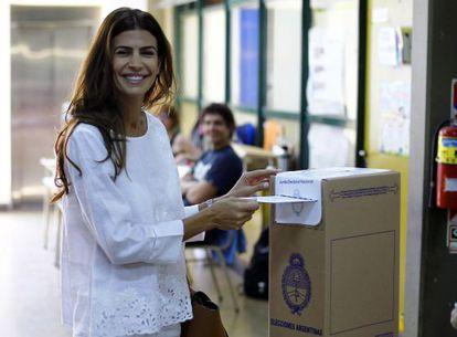 La esposa de Macri, Juliana Awada, al votar el pasado domingo.