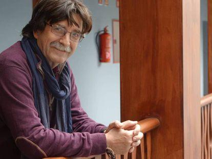 El escritor Antonio Lozano en Casa África.