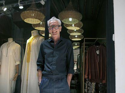 El dueño de la boutique Chez Alí.