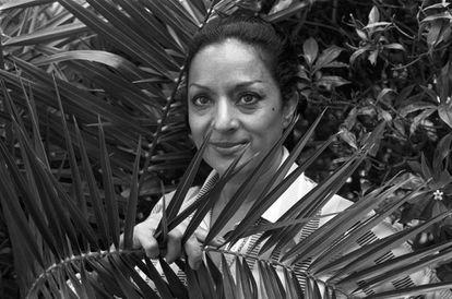 Lola Flores, en Marbella, en 1975.