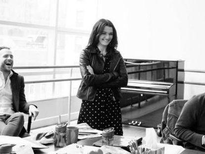 Rafe Spall, Rachel Weisz y Daniel Craig durante los ensayos de 'Traición', de Harold Pinter, en la versión de Mike Nichols.