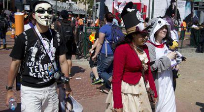 Asistentes a la Convención Internacional de Cómics que se celebra en San Diego, más conocida como Comic-Con.