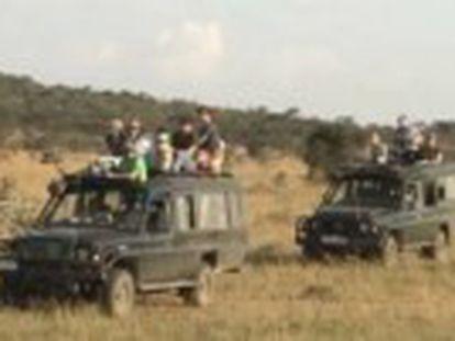 Detenido el conductor de un camión, que colisionó contra el jeep de los turistas