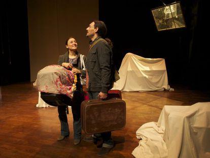 Carolina Román y Nelson Dante, en la obra 'En construcción'.