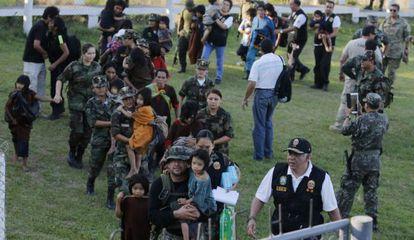 La policía y el Ejército rescatan a 39 personas.