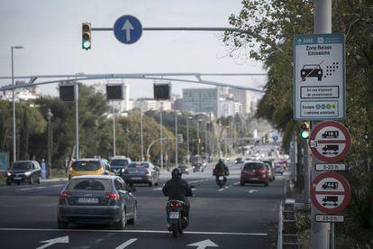 Entrada a Barcelona por la avenida Diagonal, este jueves.