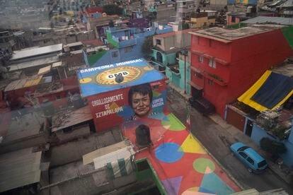 El mural de Lupita Bautista, campeona del mundo de boxeo nacida y criada en Iztapalapa.