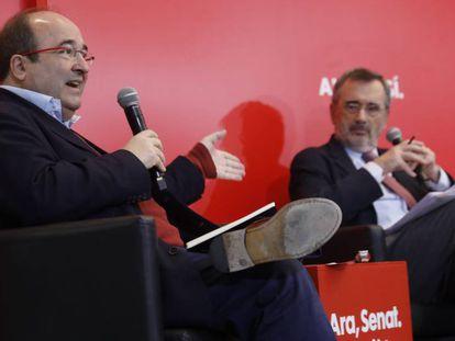 Miquel Iceta y Manuel Cruz, durante la presentación del manifiesto