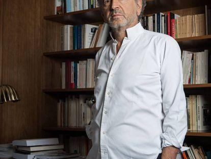 Bernard-Henri Lévy, la pasada semana en su domicilio en París.