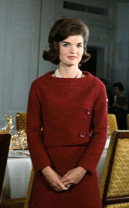 Jacqueline Kennedy durante una visita de la televisión a la Casa Blanca en 1962.