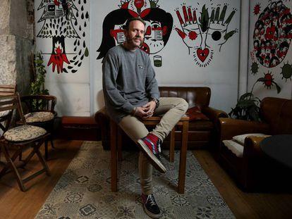 Ramiro McTersse, músico, locutor de Radio 3 y director del documental Bandera Negra.