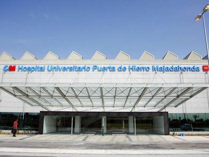 Fachada del Hospital Universitario Puerta de Hierro, en Majadahonda (Madrid).