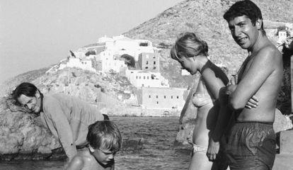 Leonard Cohen y Marriane Ihlen en la isla griega Hydra, en 1960.