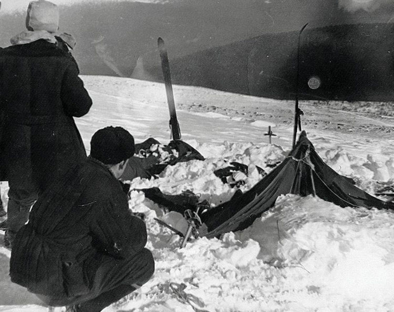 El campamento de los excursionistas fallecidos en los Urales, en una fotografía tomada por las autoridades de la URSS el 26 de febrero de 1959.